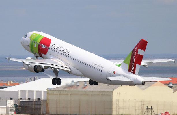 """A 320-214  """" CS-TNV """" TAP-Air Portugal -5"""