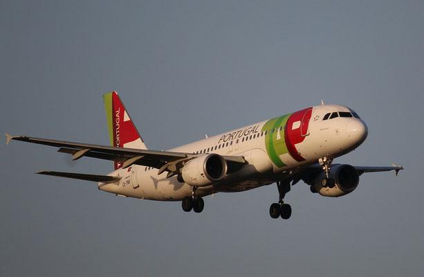 """A 320-214  """" CS-TNV """" TAP-Air Portugal -3"""