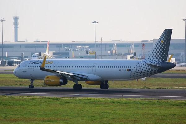"""A321-231 (W) """" EC-MLD """"  Vueling Airlines -2"""