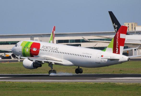 """A 320-214  """" CS-TNG """" TAP-Air Portugal -3"""