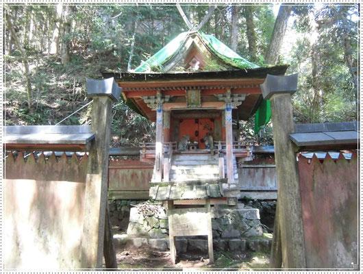 四社明神(重要文化財)