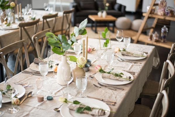 """Hochzeitslocation in Hamburg, Trend Studio & Loft, Tischdeko, Geschirr Paket """"die Romantischen"""""""