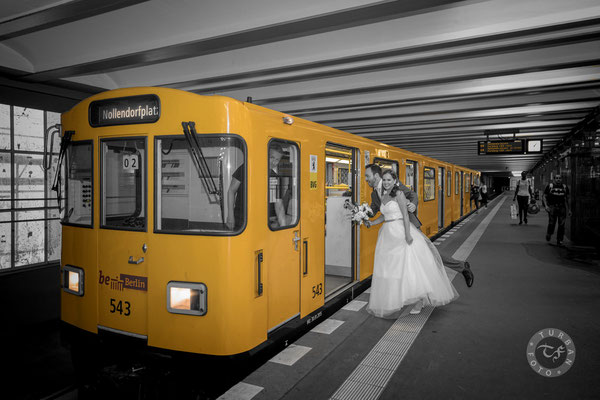 Brautpaar Shooting am U-Bahnhof