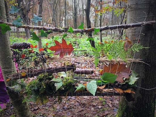 Webrahmen im Wald