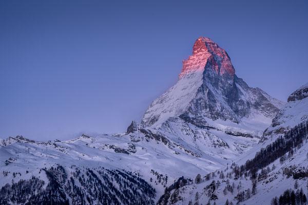 Bild Nr. 2021_2235: Matterhorn im Morgenrot
