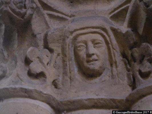 Sculpture chapiteau église de Plaisance du Gers Anne