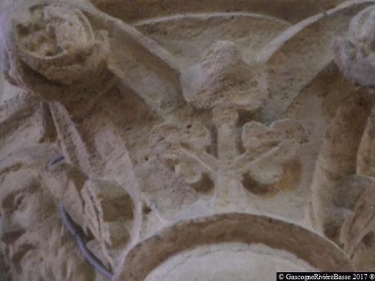 Sculpture chapiteau église de Plaisance du Gers