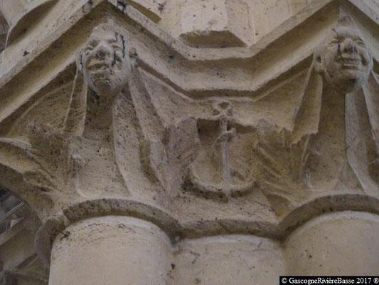 Sculpture chapiteau église de Plaisance du Gers l'Espérance