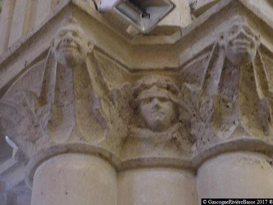 Sculpture chapiteau église de Plaisance du Gers la Foi