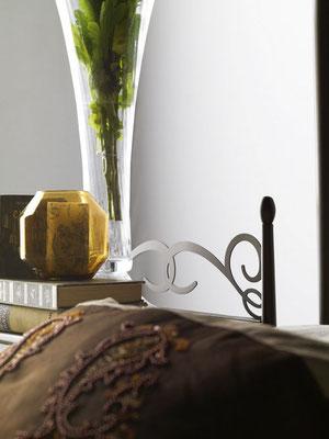 En esta sección econtrarás una amplia colección de camas de forja para la decoración de tus dormitorios en todos los estilos. Inspírate para conseguir que tu dormitorio te invite a pasar más tiempo allí.