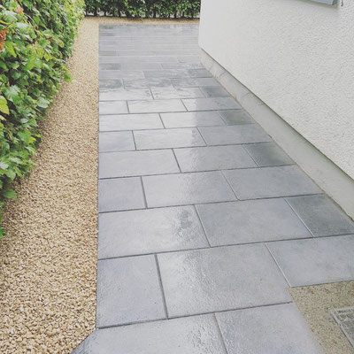 Freiburger Gartenbau Gelsomino - Gartengestaltung mit Betonpflaster in Freiburg Landwasser