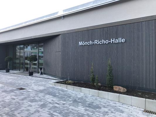 Freiburger Gartenbau Gelsomino Aussenanlage - Mönch-Richo-Halle