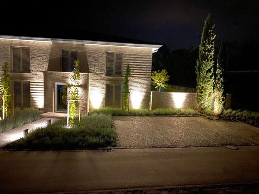 Freiburger Gartenbau Gelsomino Aussenanlage Pflastersteine