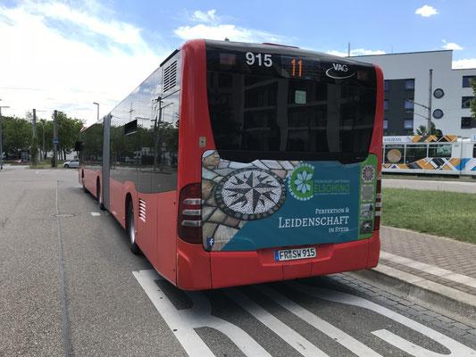 designed by klick4 |  VAG-Bus-Werbung von Freiburger Gartenbau Gelsomino