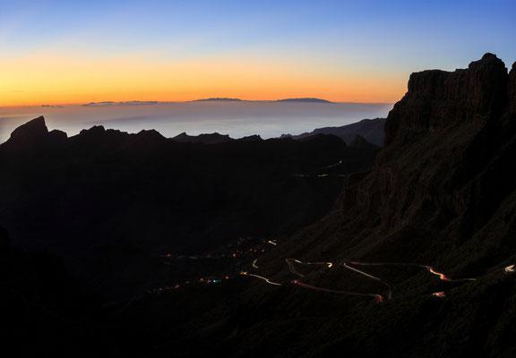 Views of La Gomera and La Palma from Tenerife.