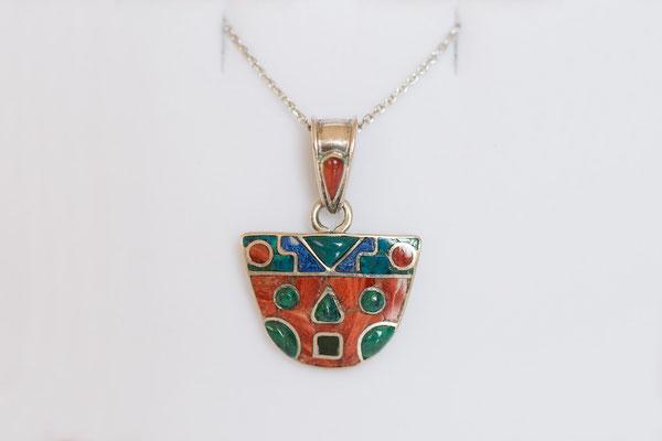 Talismane mit wunderschönen Einlegearbeiten wurden bei den Inkas hoch geschätzt.