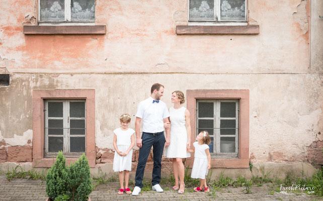 Familienfoto von der Hochzeit
