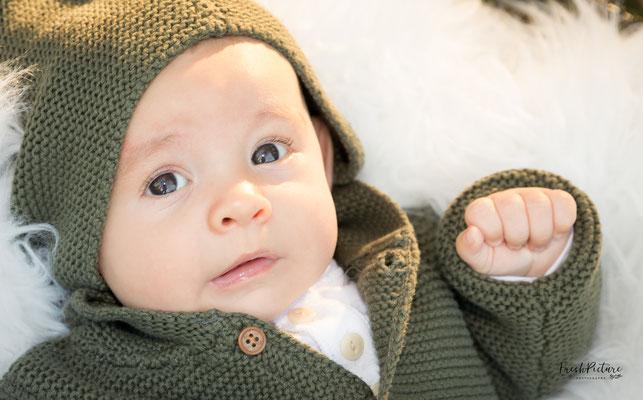 Fotos von Kleinkind