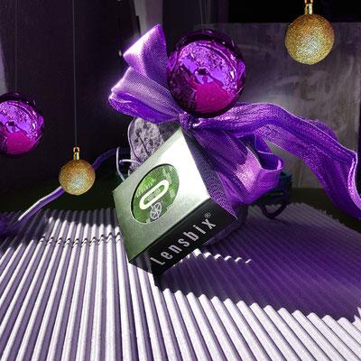 Lensbixpäckchen  unterm Baum Kontaktlinsenbehälter Aktuelles  Weihnachten