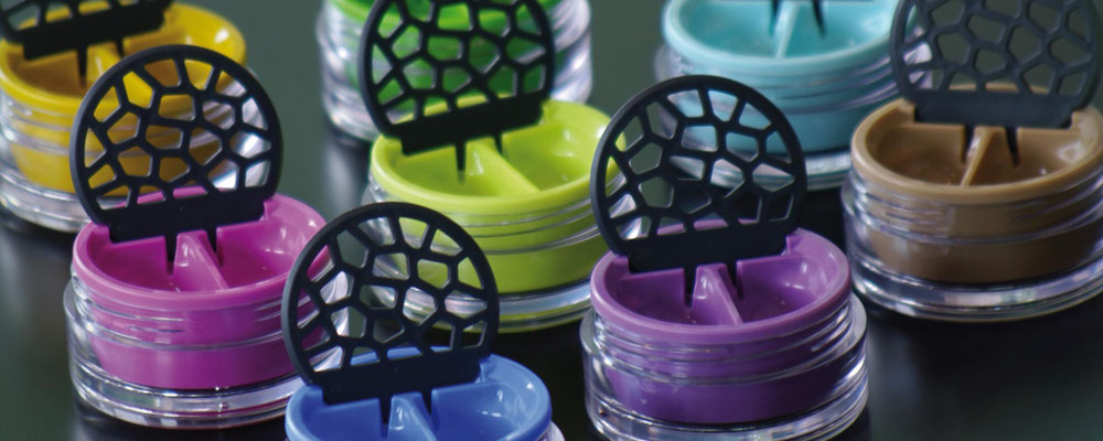 Lensbix  - Farbkollektion  - Klappdeckel geöffnet / #Kontaktlinsenbehälter / Kontaktlinsenbox / Box für  Kontaktlinsenaufbewahrung