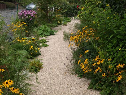 vaste planten borders op droge kalkrijke bodem