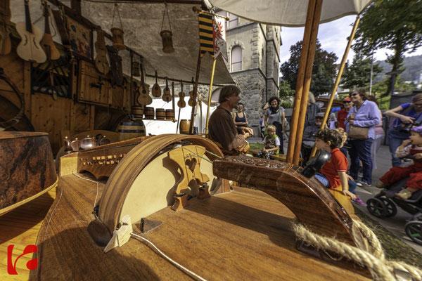 Mittelalterfest Zug 2019, Godefroy Brabant — Musikinstrumentenbauer