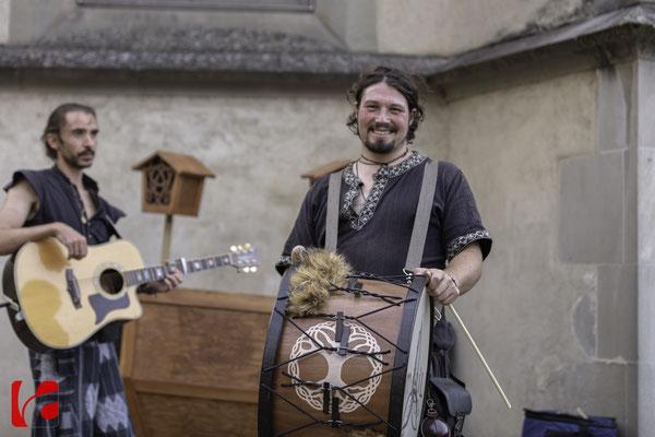 Mittelalterfest Zug 2019, Drums: Fabian Häberli und Gitarre: Yann Stein (Meril)