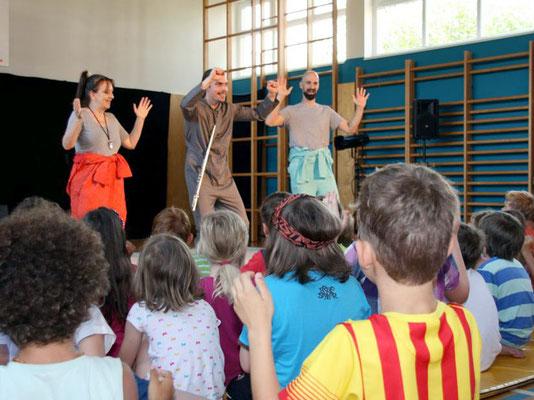 """Theaterstück """"Laut & Leise"""" von Theater Feuerblau_01"""