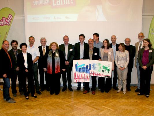 Gruppenfoto Vortragende und Auftraggeber