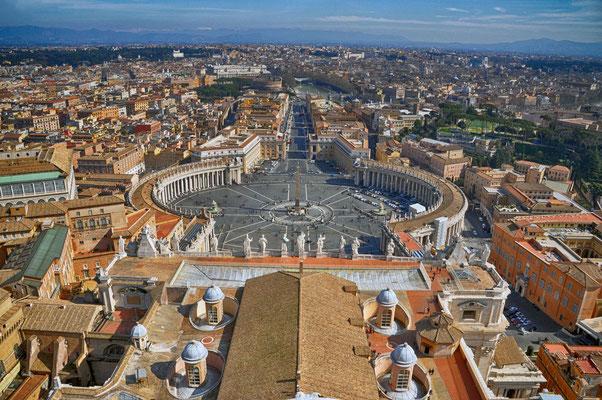 Petersplatz N°1 - Sicht von der Kuppel des Petersdom