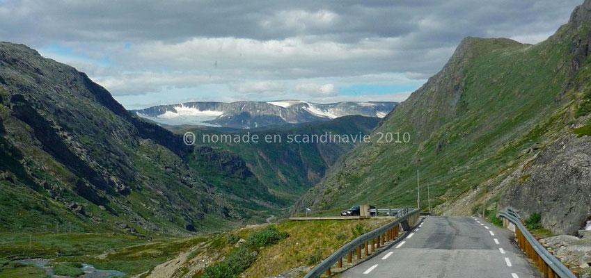 La descente du Leirdalen vers Lom