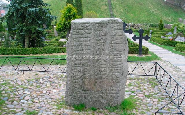 Les pierres runiques de Jelling
