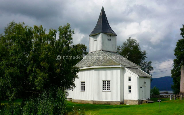 Les églises ont une forme octogonale