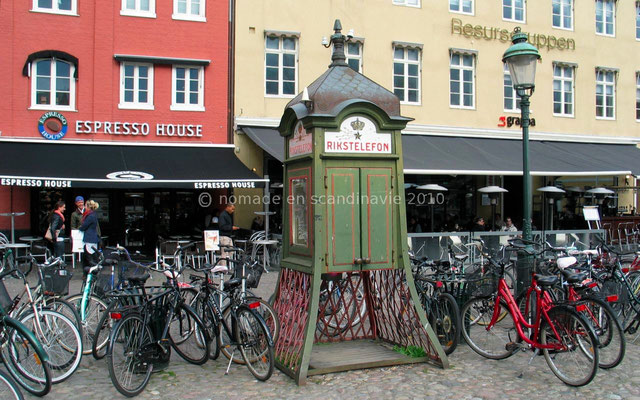 Malmö, cabine téléphonique