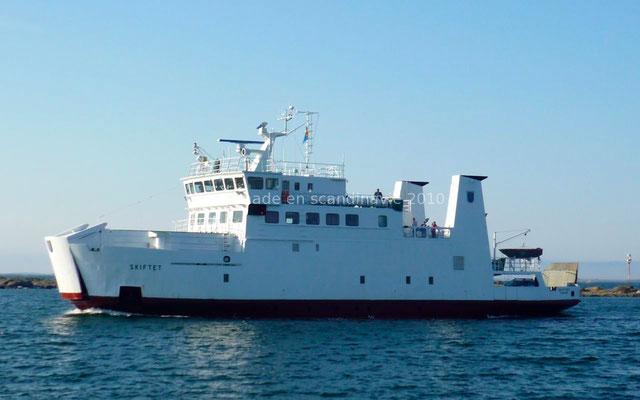 Le bateau qui nous emmène en Finlande continentale.