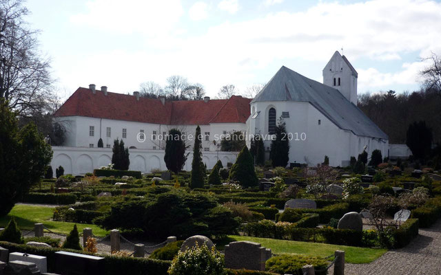Eglise et château de Okshølm
