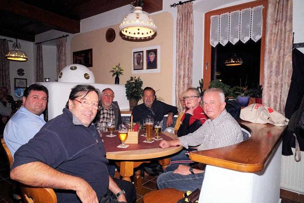 Gansessen in Stein von Renate Bauer Zölch
