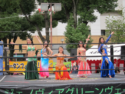 Oriental Starによるベリーダンス