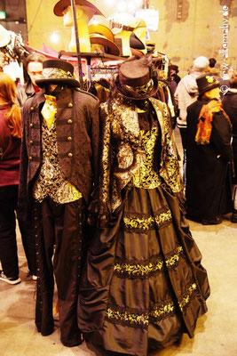 Auch wer Accessoires oder Kleidung suchte, wurde im Jahrmarktstrubel fündig.