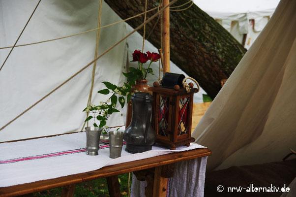 Liebevoll hergerichtetes Lager auf der Soester Fehde