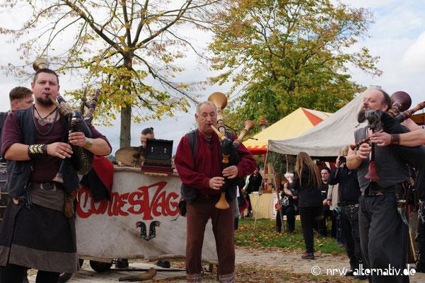 Comes Vagantes auf dem Halloween Mystic Market