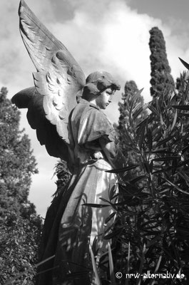 Engelsstatue auf dem Campo Verano in Rom