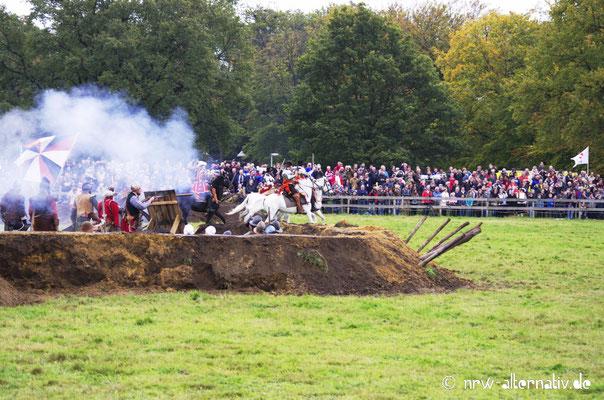 Für die Schlacht um Grolle wurden auf einem Feld hinter der Stadt Gräben ausgehoben und Befestigungen angelegt.