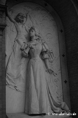Grabrelief auf dem Campo Verano in Rom