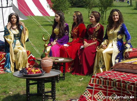 Auch eine Sultansdarstellung  samt Harem gab es auf dem Gaudium 2018.