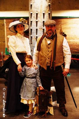 Der Steampunk-Jahrmarkt ist ein Spaß für die ganze Familie.