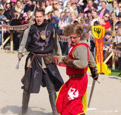 Der Graf von Mühlheim kämpft ohne Gnade.