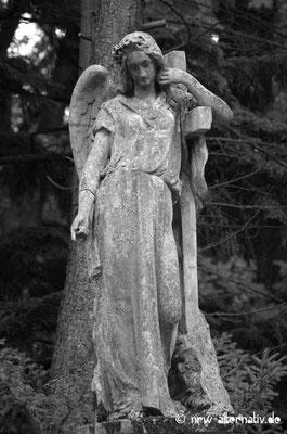 Und immer wieder: Engel.