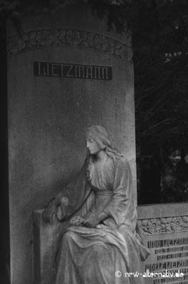 Impressionen vom Friedhof Melaten in Köln.