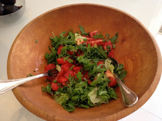 Arugula and tomatoes salad with virgin olive oil by ZsL